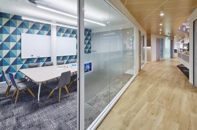Change Your Meeting Room with Klingshield Glass Whiteboards